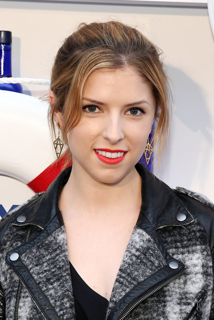 Anna Kendrick's casual 'do and red lips.