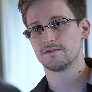 Edward Snowden Leaks NSA Secrets | Video