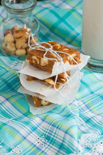 5 Ingredient Hazelnut Toffee Squares