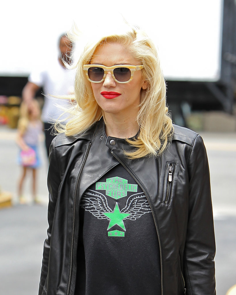 Gwen Stefani has the hip-lady waves on lockdown.