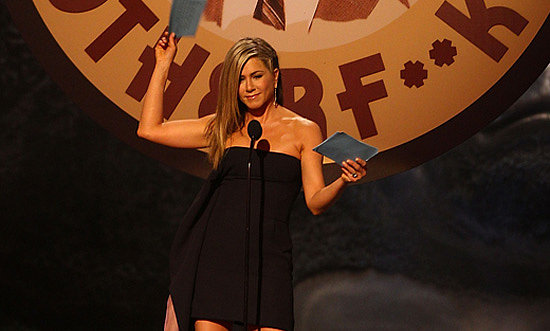 Video: Jennifer Aniston Shows Skin at Spike TV Guys Choice Awards