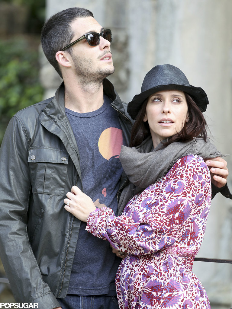 Jennifer Love Hewitt held onto her fiancé Brian Hallisay in Florence, Italy.