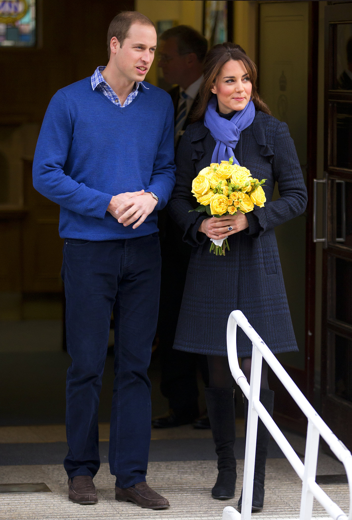 After being admitted to the King Edward VII Hospital for acute morning sickness, Kate got picked up by William to go home in December 2012.