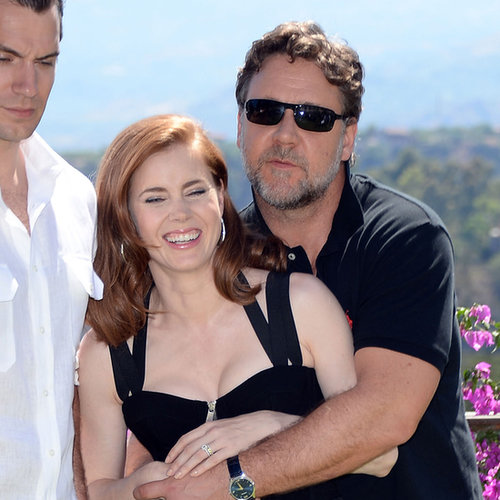 Russell Crowe And Amy Adams Hug At Man Of Steel Premiere