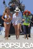 Kate Upton, Cameron Diaz, and Leslie Mann filmed a beach scene.