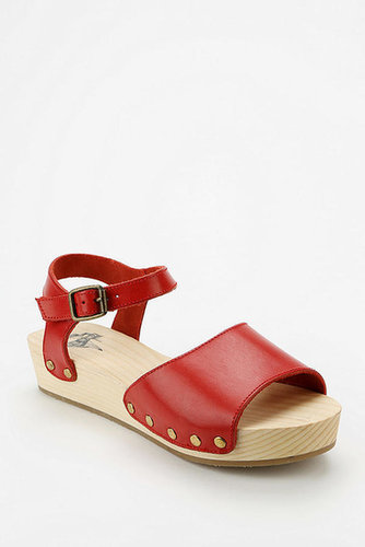 Kimchi Blue Wooden Flatform Sandal