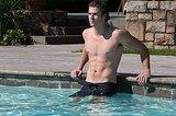 Liam Hemsworth, Paranoia