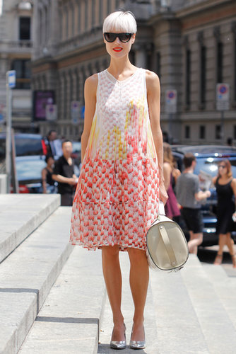 A pretty print was all this showgoer needed to turn heads — of course, her metallic heels don't hurt, either.