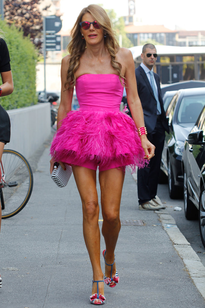 Anna Dello Russo made a splash on the streets of Milan in fuchsia.