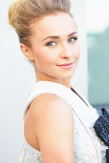 Hayden Panettiere's softly shaded eyes, pink lips, and defined brows made for a stunning makeup look that's fit for a bride.