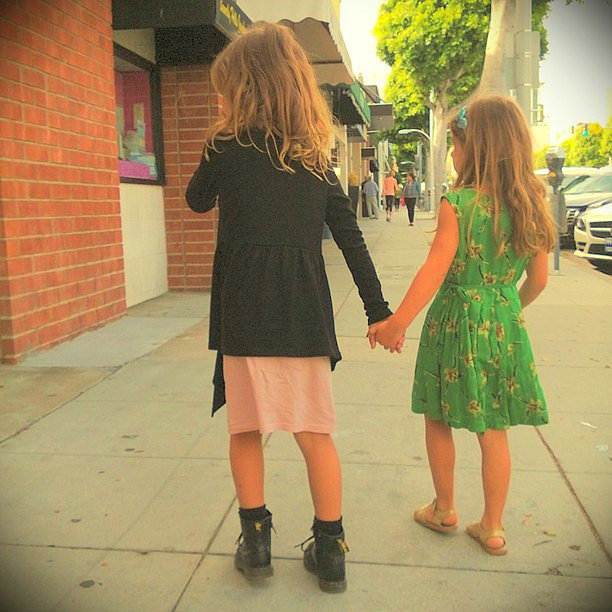 Honor Warren had a sweet playdate with a close friend. Source: Instagram user jessicaalba