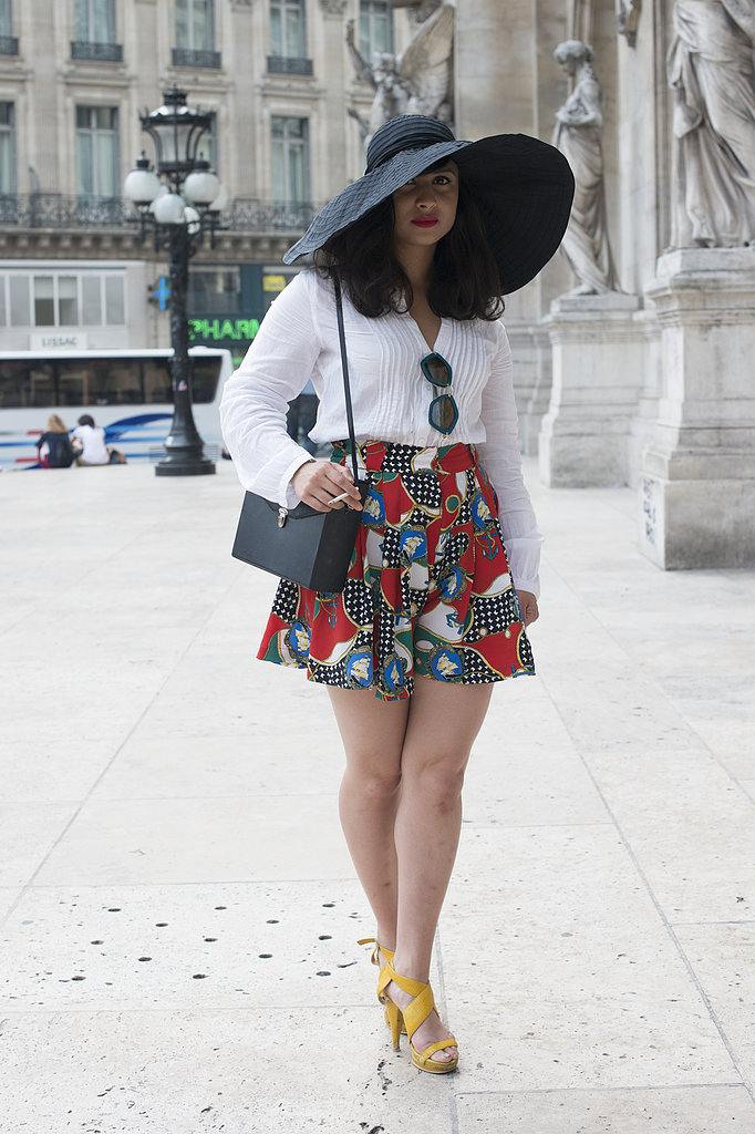 A glamorous wide-brim hat gave this outfit a definitively Summer feel.