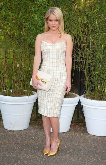 Alice Eve was both posh and polished in a curve-hugging white and gold cocktail dress by L'Wren Scott — with the gold pumps to match! — at the Serpentine Summer party.
