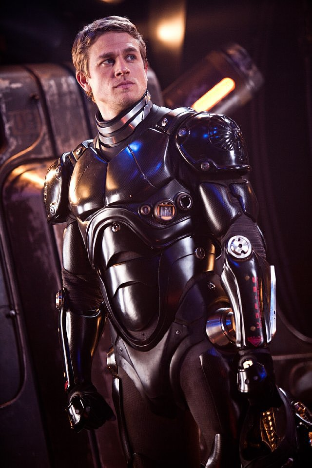 Charlie Hunnam in Pacific Rim.