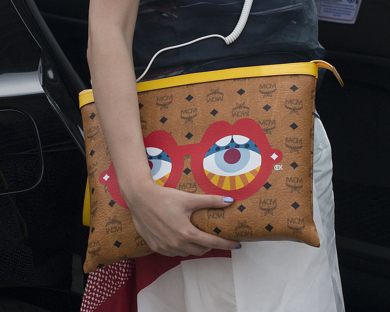 All eyes were on this kooky Craig & Karl clutch.