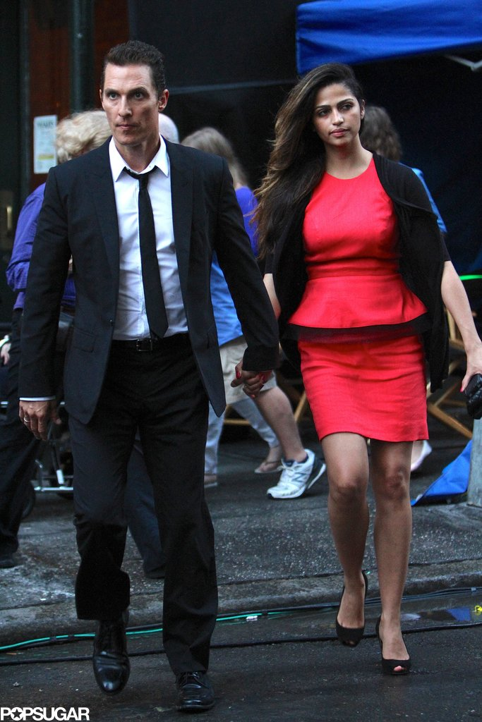 Matthew McConaughey walked around the set with Camila Alves in NYC on July 2013.