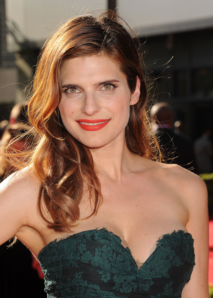 Lake Bell was another star who wore the over-the-shoulder look on the red carpet last night. She complemented her classic hairstyle with a modern tangerine lip hue, Chanel's Luminous Matte Lip Colour in La Favorite ($34).