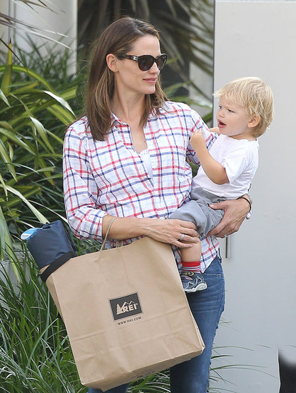 Jennifer Garner held on to her son, Samuel Affleck, during a shopping trip in LA.