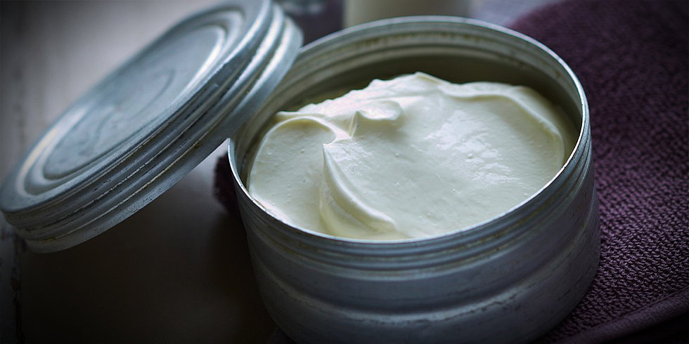 The One Recipe You Need to Mend Split Ends and Dry, Flaky Skin