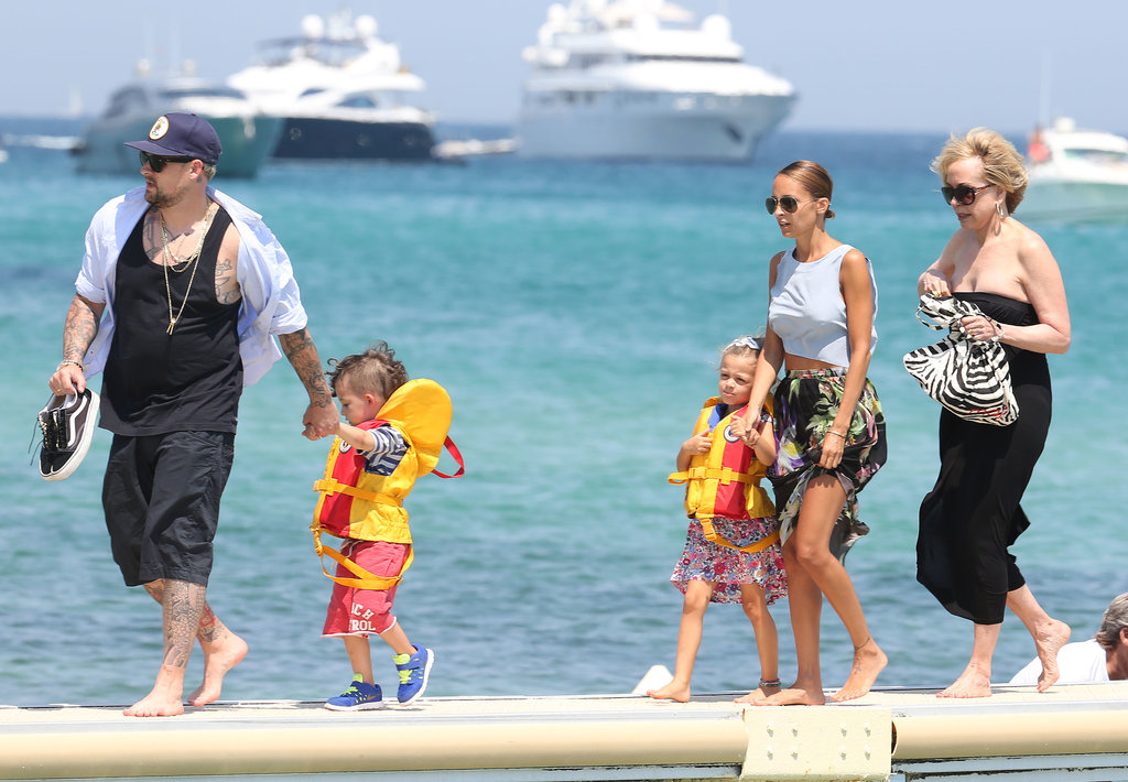 Nicole Richie, Joel Madden, and their kids, Sparrow and Harlow, walked along the beach in Saint-Tropez.