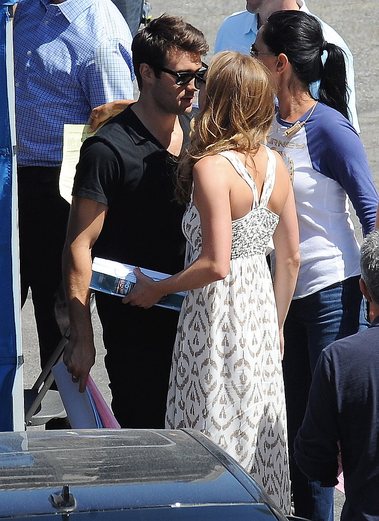 Emily VanCamp and her boyfriend, Joshua Bowman, got romantic on the set of Revenge.
