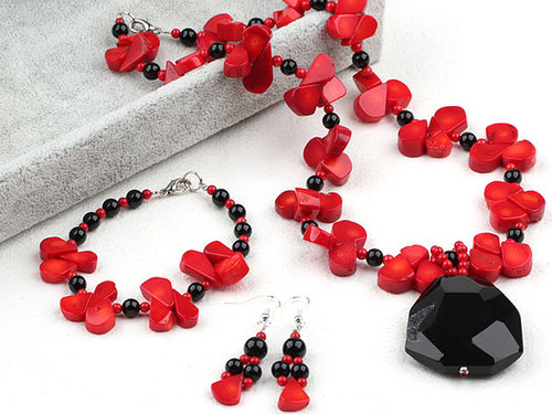 Red Coral and Black Agate Set (Necklace Bracelet and Matched Earrings)