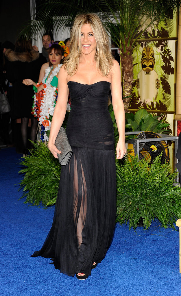 Jennifer Aniston attended Just Go With It's NYC premiere in a smokin' hot sheer-skirted Dolce & Gabbana gown. The dress was so stunning, Jennifer smartly kept everything else ultrasimple, accessorizing with perfectly tousled curls and a custom Burberry clutch.