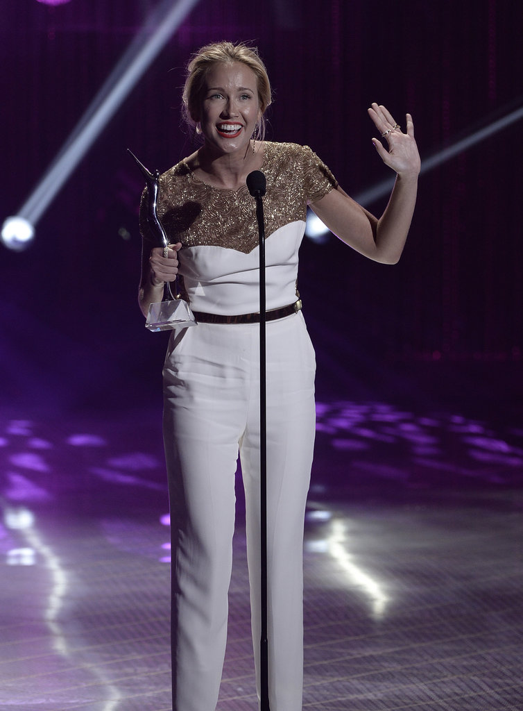 Anna Camp waved while accepting the One to Watch Award.