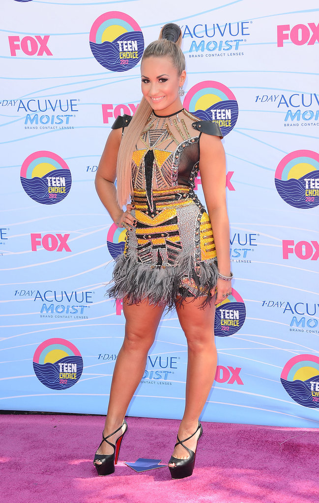 Demi Lovato went for an edgy look at the 2012 Teen Choice Awards.