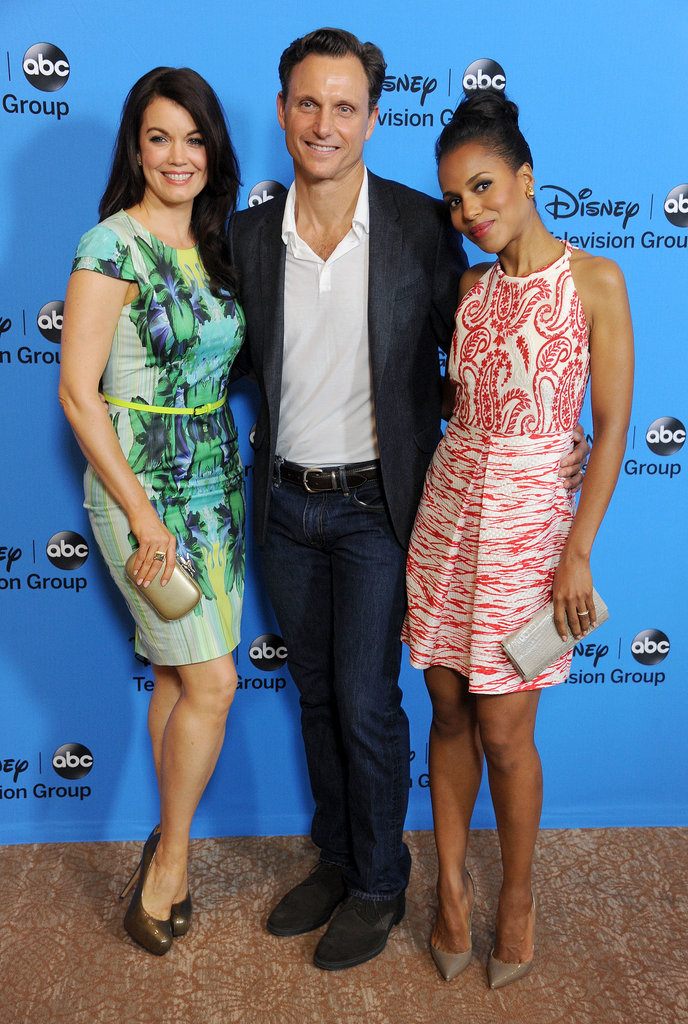 Kerry Washington posed with her Scandal costars Bellamy Young and Tony Goldwyn.
