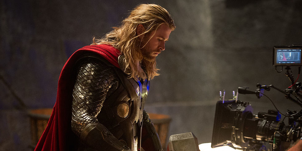 Thor: The Dark World Set Visit — Chris Hemsworth Jokes About Vacationing Avengers