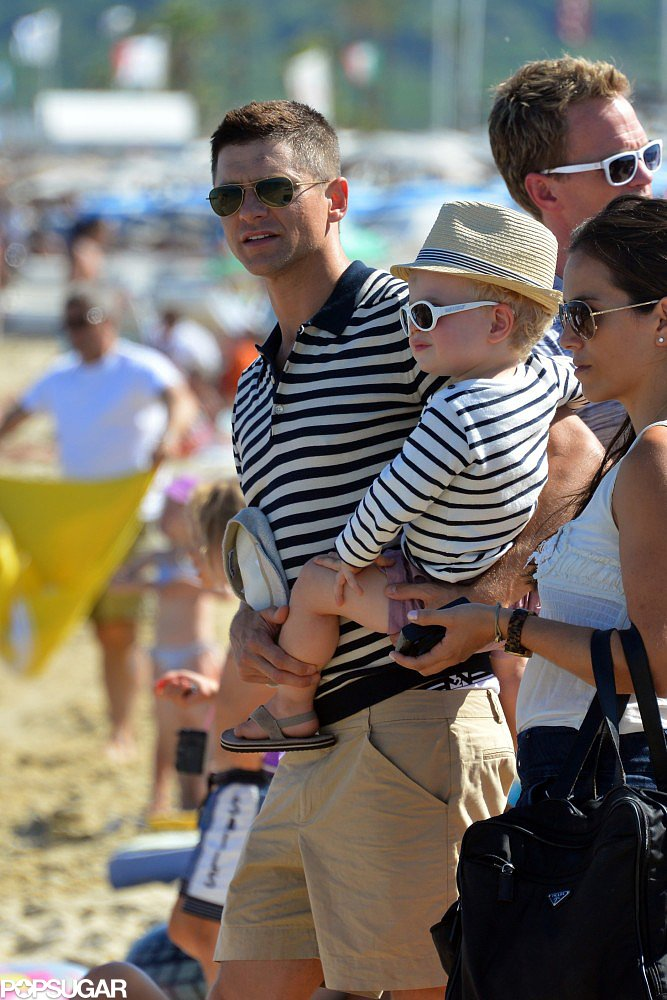 David Burtka and Gideon wore matching striped shirts!
