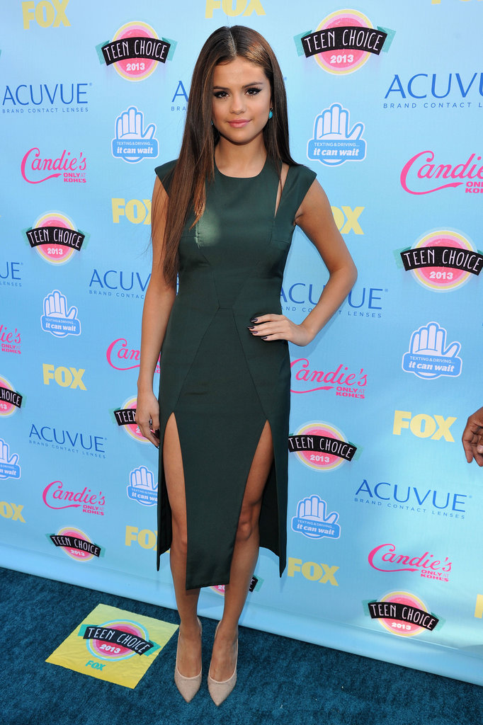 Selena Gomez wore a green frock.