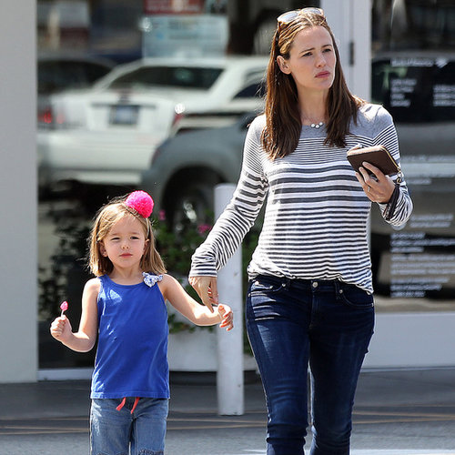 Jennifer Garner and Seraphina Running Errands | Photos