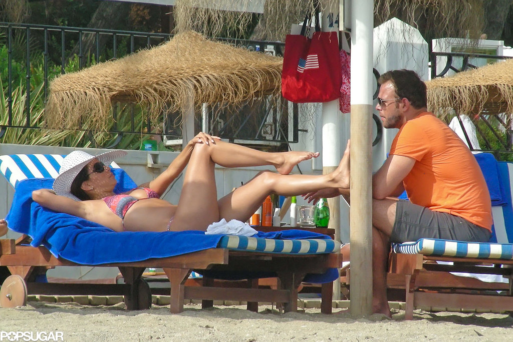 In August, Eva Longoria got her feet rubbed by her boyfriend, Ernesto Arguello, during a vacation in Marbella.