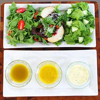 How to Make Salad Dressing in a Mason Jar