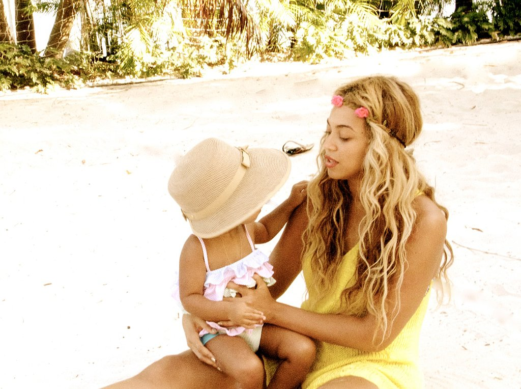 Beyoncé shared a moment on a beach with daughter Blue Ivy Carter. Source: Tumblr user beyonce
