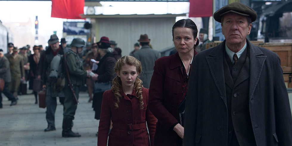 Prepare to Be Moved by Geoffrey Rush in The Book Thief Trailer