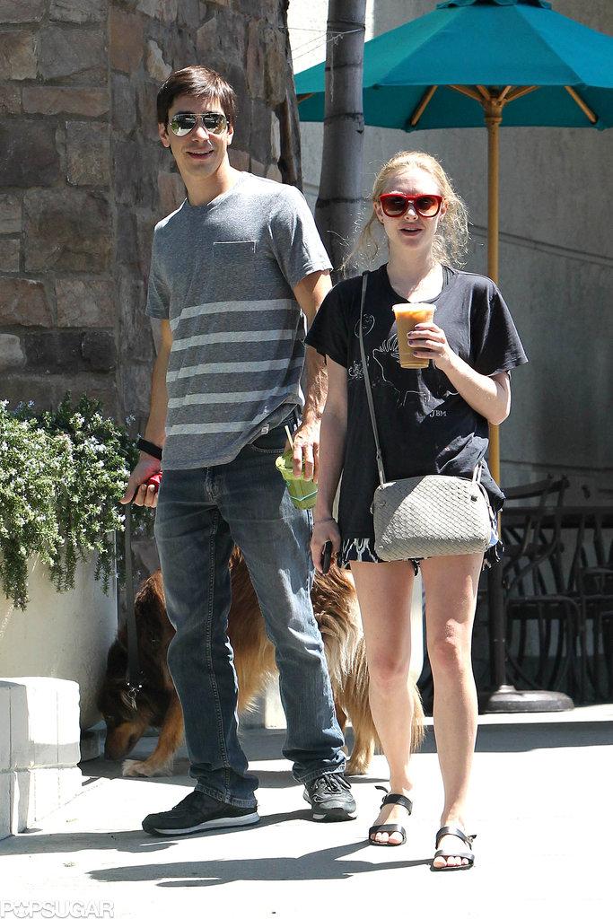 Amanda Seyfried and Justin Long took Amanda's dog for a walk together.
