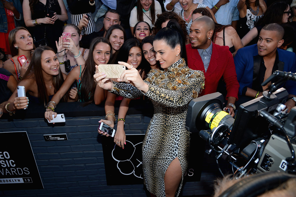 Katy Perry posed for a selfie with a fan.