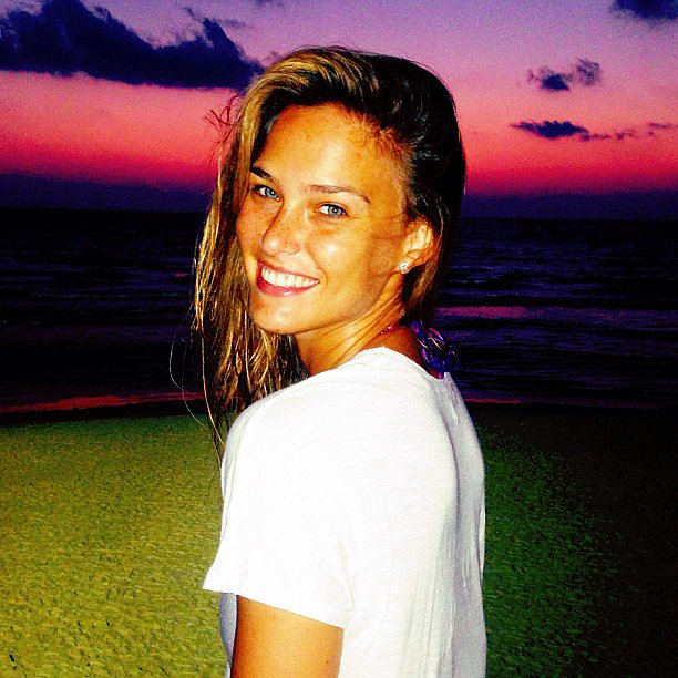 Bar Refaeli captured a gorgeous Tel Aviv sunset. Source: Instagram user barrefaeli