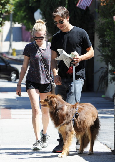 Amanda Seyfried's Dog Is an Adorable Wingman