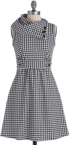 Coach Tour Dress in Houndstooth