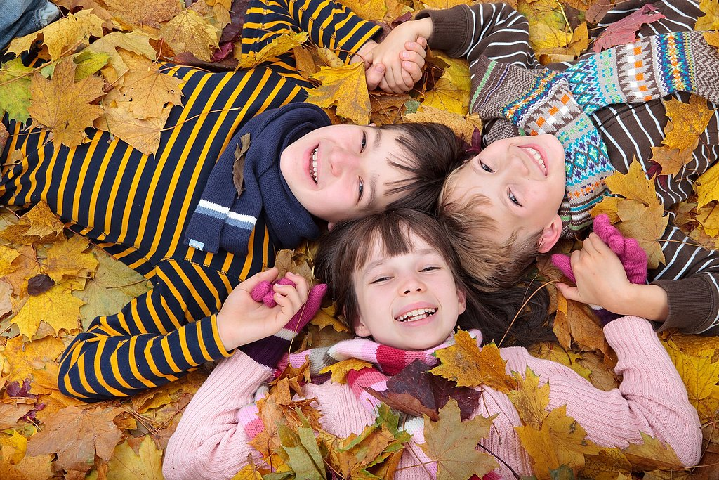 12 Photos You'll Want to Take of Your Family This Fall