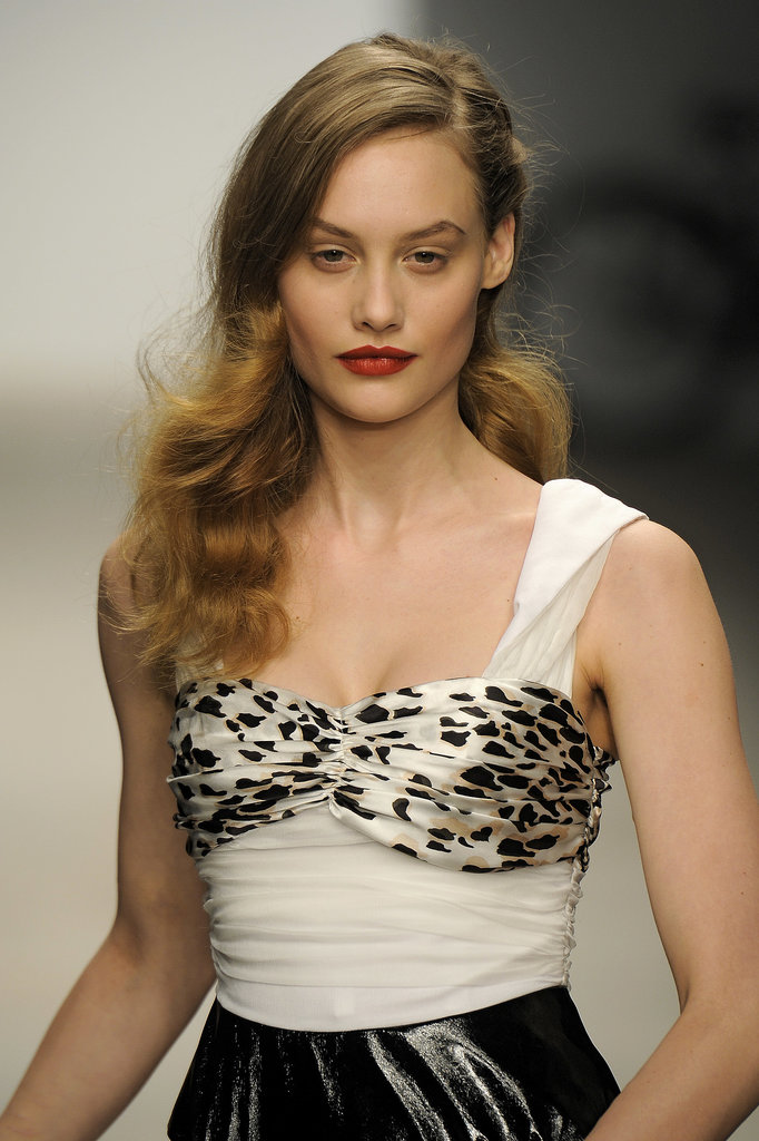 Sideswept retro waves were the order of the day at the PPQ show for Autumn 2012.