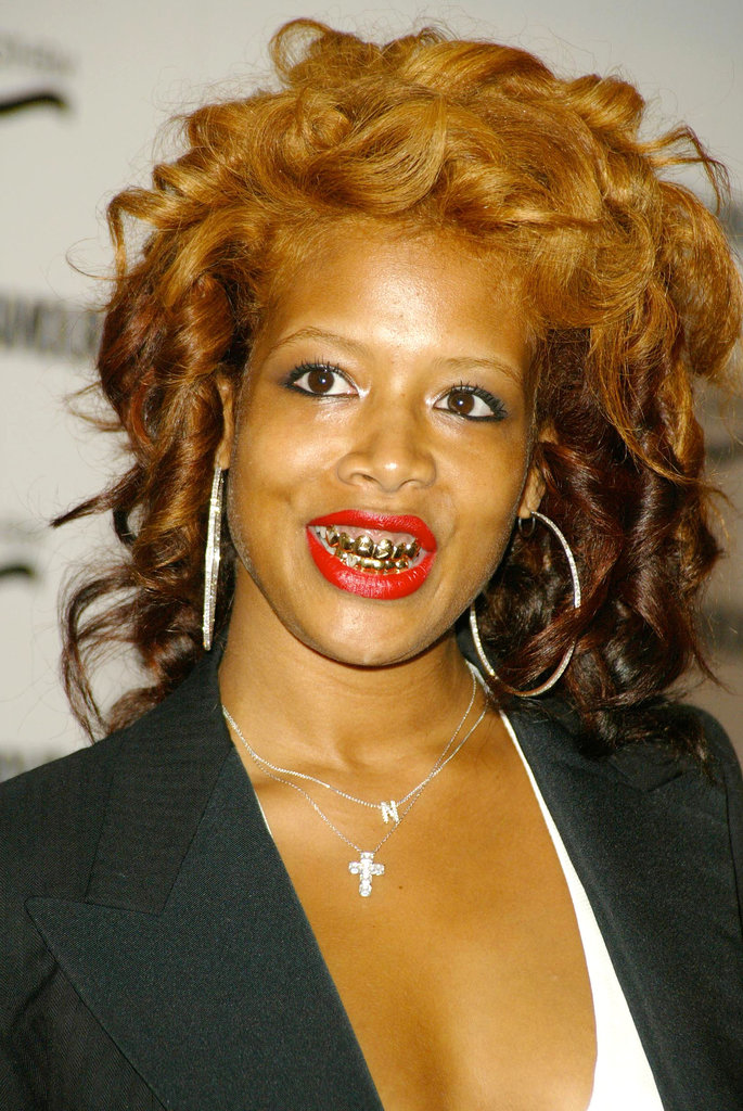 Kelis is a grill pioneer, having first worn them back in 2004.