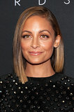 Nicole Richie seems to be the latest celebrity to change up her lob. The reality star showed off her asymmetrical style while hosting the 2013 Style Awards to kick off New York Fashion Week.