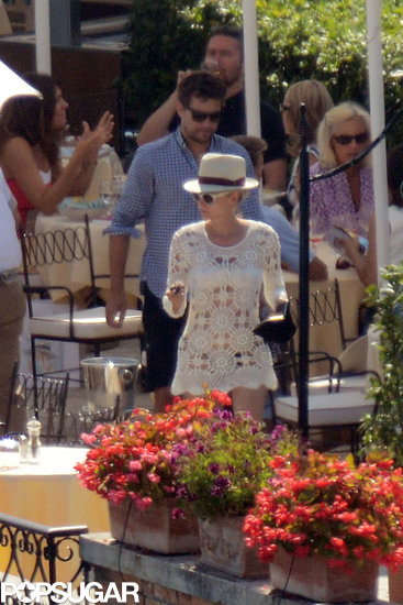 Diane Kruger and Joshua Jackson got lunch together.