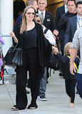 Angelina Jolie traveled in comfortable black clothes.
