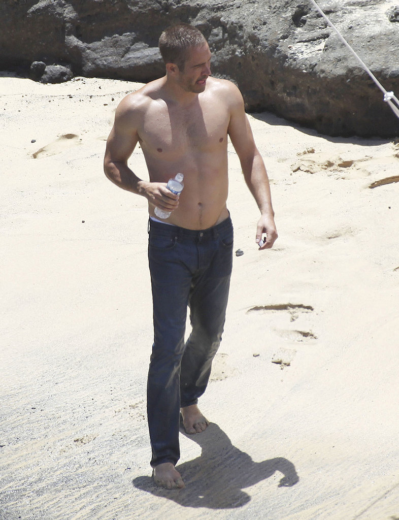 Paul Walker walked around the beach in jeans.